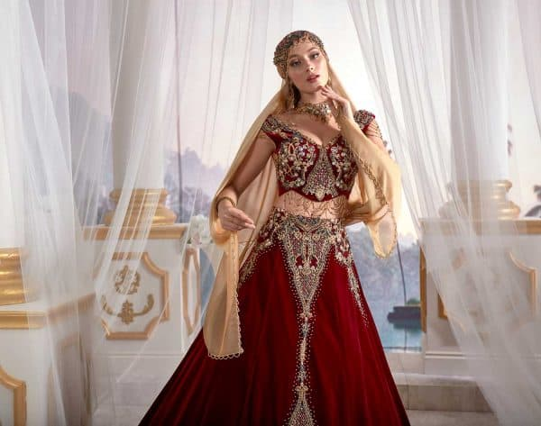 istanbul traditional dress