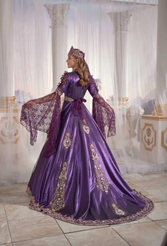 otoman caftan dress 545x800 - Traditional Turkish Kaftans
